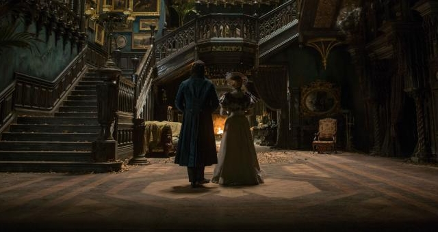 """Crimson Peak"" is a beautifully shot film with an excellent Gothic setting and acting, but lacks the scares to really make it a masterpiece."